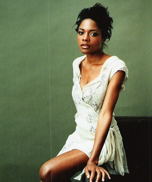 copy-of-naomie-harris_headshot copy