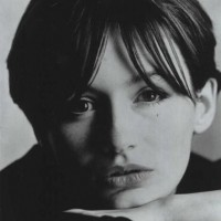 Emily Mortimer Headshot